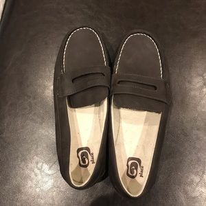 Boys loafers shoes size 5